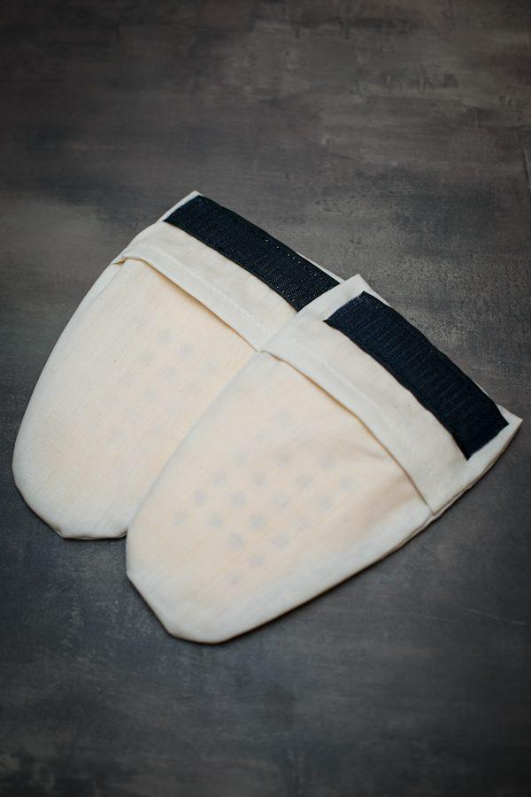 ochraniacze biodrowe sastec w woreczkach do starszych modeli mottowear detal5